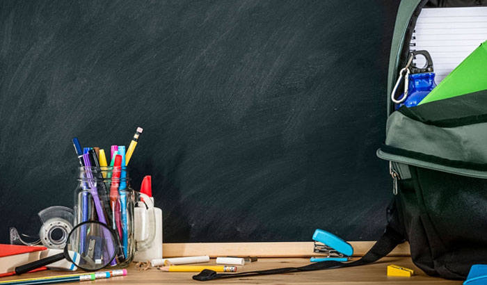 how to remove chalk pen from chalkboard