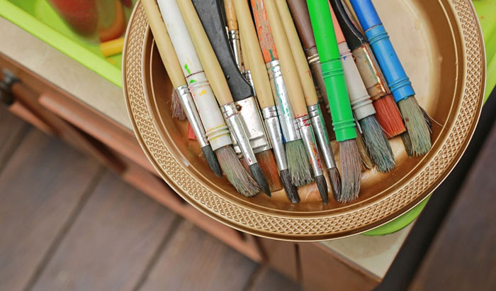 how to store dry erase markers
