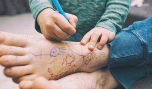 best pens to draw on skin