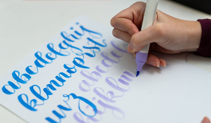 how to write with a calligraphy marker